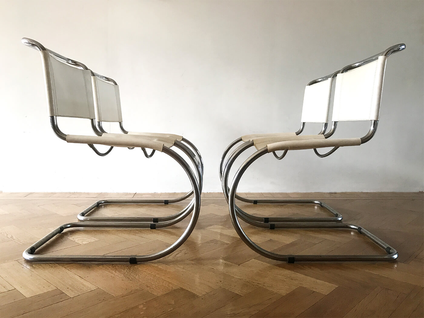 4 MR10 Chairs Mies Vd Rohe Bauhaus7